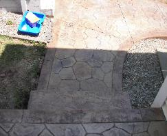 stamped seamless concrete steps
